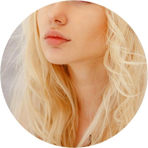 Lip fillers model 01